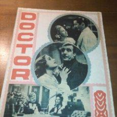 Cine: ANTIGUO COLLAGE HOJA ALBUM CASERO RECORTE AÑO 40/50 CINE ACTOR ACTRIZ CANTANTE PELICULAS. Lote 194254153