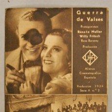 Cine: TARJETA DE CINE DE LA PELÍCULA GUERRA DE VALSES. CON DEFECTO DE IMPRESIÓN DE ORIGEN.. Lote 194274051