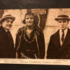 Cine: TARJETA POSTAL DE DOUGLAS FAIRBANKS CHARLIE CHAPLIN Y MAX LINDER. Lote 194541266