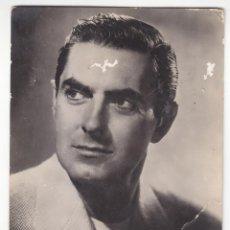 Cine: POSTAL TYRONE POWER (ESCRITA 1952) Nº 1335 - 2 PEQUEÑAS RASPADURAS EN BLANCO.VER FOTO. Lote 194601853