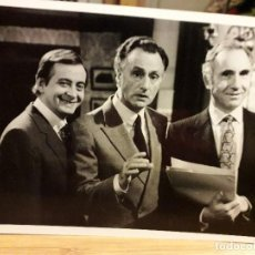 Cine: SI, MINISTGRO - SERIE TY - PAUL EDDINGTON , NIGEL HAWTHORNE , DEREK FOWLDS 1980 / 17,5X12 CMS FOTO. Lote 194743993