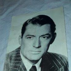 Cine: FOTO FICHA OBSEQUIO DE ROMÁNTICA GREGORY PECK. Lote 194956465