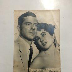 Cine: ELIZABETH TAYLOR Y DAÑA ANDREWS. ACTORES. JDP.. Lote 194972350