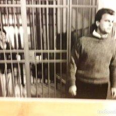 Cine: REJAS DE CRISTAL CLAUDIO AMENDOLA, MARCO RISI, FRANCESCO BENIGNO FOTO DE ESCENA 12X17 CMS . Lote 195099508