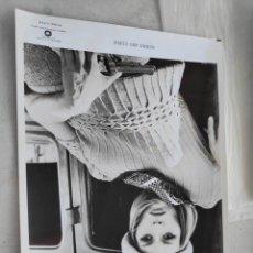 Cine: WARNER BROS FOTO ORIGINAL CINE BONNIE AND CLYDE FAYE DUNAWAY 20 X 25 CM. Lote 195139301