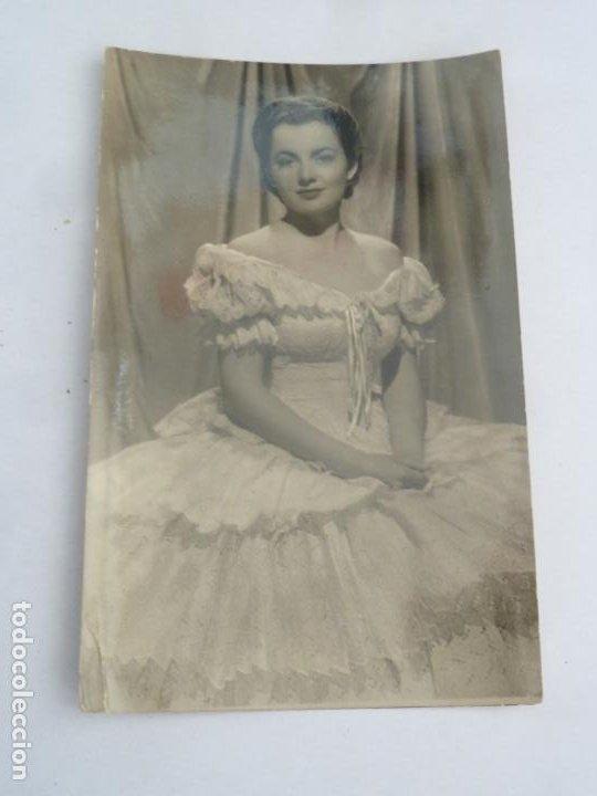 OLIVIA DE HAVILLAND POSTAL ORIGINAL ANTIGUA (Cine - Fotos y Postales de Actores y Actrices)