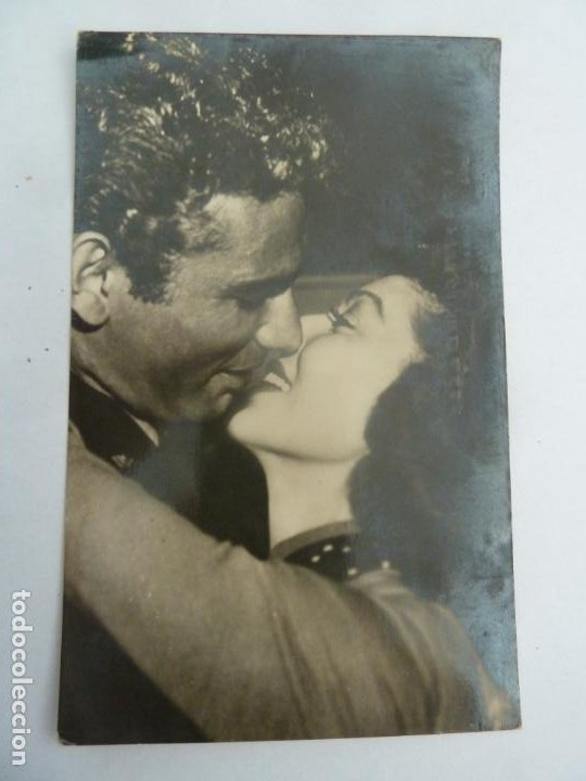 LORETTA YOUNG JEFF CHANDLER POSTAL ORIGINAL ANTIGUA (Cine - Fotos y Postales de Actores y Actrices)