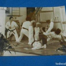 Cine: (M) FOTOGRAFIA ORIGINAL PELICULA ITALIANA - LA CASADA Y EL IMPOTENTE, FOT. TONINO TUCCI,24X18CM . Lote 195403578
