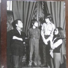 Cine: JEAN PIERRE AUMONT - FOTO ORIGINAL B/N - MARISA PAVAN JEAN-CLAUDE Y PATRICK AUMONT HIJOS. Lote 198199051