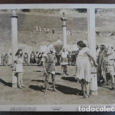 Cine: MARIA MONTEZ - FOTO ORIGINAL B/N - SUDAN ANDY DEVINE FILM SCENE. Lote 198213537