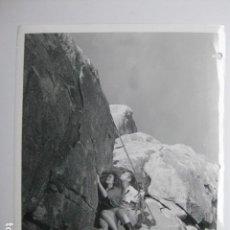 Cinema: BRICK BRADFORD - FOTO ORIGINAL B/N - HELENA STANLEY KANE RICHMOND MOUNTAIN SCENE. Lote 200258890