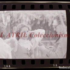 Cine: RODAJE DE LA SERIE LA BARRACA, 6 CLICHES NEGATIVOS 35 MM EN CELULOIDE AÑO 1979. Lote 212055992