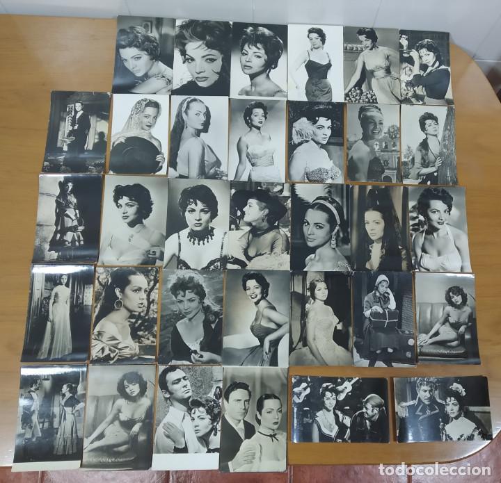 Cine: SARA MONTIEL. PRECIOSO LOTE DE 47 POSTALES, CALENDARIOS, ETC ANTIGUOS (AÑOS 60...) - Foto 2 - 262965025