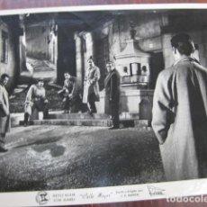 Cine: CALLE MAYOR - FOTO ORIGINAL B/N - JOSE SUAREZ JUAN ANTONIO BARDEM SUEVIA FILMS. Lote 218687158