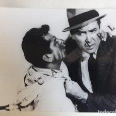 Cine: LOTE 10 FOTOGRAFIAS EN B/N DE LA PELICULA: EL HOMBRE QUE SABIA DEMASIADO. 1956. - 17,7X 24 CMS.. Lote 219612892