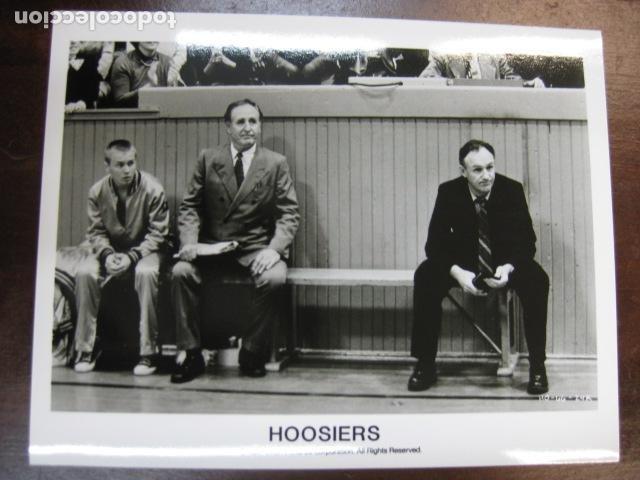 GENE HACKMAN - FOTO ORIGINAL B/N - HOOSIERS BALONCESTO (Cine - Fotos, Fotocromos y Postales de Películas)