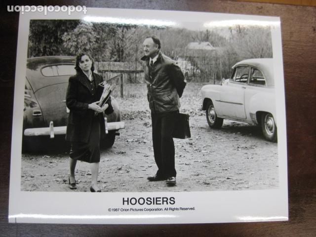 GENE HACKMAN - FOTO ORIGINAL B/N - HOOSIERS BARBARA HERSEY BALONCESTO (Cine - Fotos, Fotocromos y Postales de Películas)