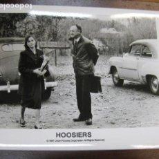Cine: GENE HACKMAN - FOTO ORIGINAL B/N - HOOSIERS BARBARA HERSEY BALONCESTO. Lote 222839073