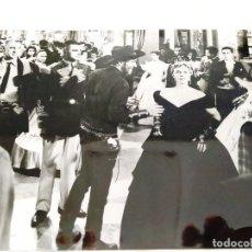 Cine: GARY COOPER, BURT LANCASTER Y DENISE DARCEL, EN 'VERACRUZ' (1954). Lote 235118495