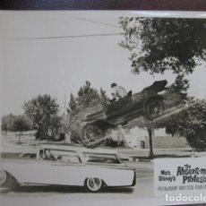 Cine: UN SABIO EN LAS NUBES - FOTO ORIGINAL B/N - THE ABSENT-MINDED PROFESSOR FRED MACMURRAY CAR COCHE. Lote 235813155