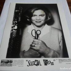 Cine: LOS ASESINATOS DE MAMA - KATHLEEN TURNER - FOTO ORIGINAL SAVOY PICTURES AÑO 1994. Lote 238661675