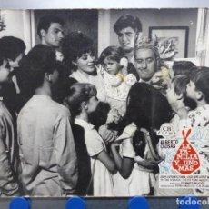 Cine: LA FAMILIA Y... UNO MAS, ALBERTO CLOSAS, JOSE LUIS LOPEZ VAZQUEZ - ANTIGUO FOTOCROMO DE CARTON. Lote 245570095