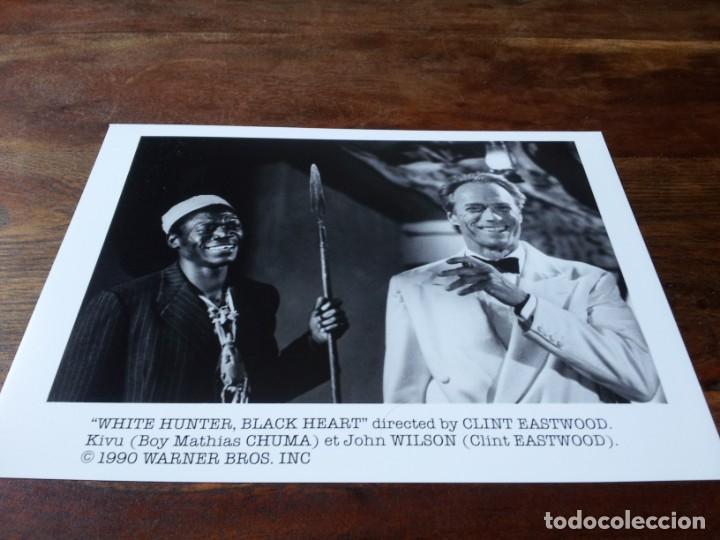 CAZADOR BLANCO, CORAZÓN NEGRO - CLINT EASTWOOD, KIVU - FOTO ORIGINAL B/N WARNER 1990 (Cine - Fotos y Postales de Actores y Actrices)