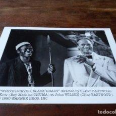Cine: CAZADOR BLANCO, CORAZÓN NEGRO - CLINT EASTWOOD, KIVU - FOTO ORIGINAL B/N WARNER 1990. Lote 247756465