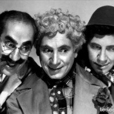Cine: POSTAL DE LOS HERMANOS MARX (GROUCHO, HARPO Y CHICO) EN SOPA DE GANSO, LEO MCCAREY. CINE, DUCK SOUP.. Lote 269972108