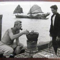 Cinema: RICHARD BROOKS - FOTO ORIGINAL B/N - FILMMAKER RODAJE LORD JIM. Lote 249048615