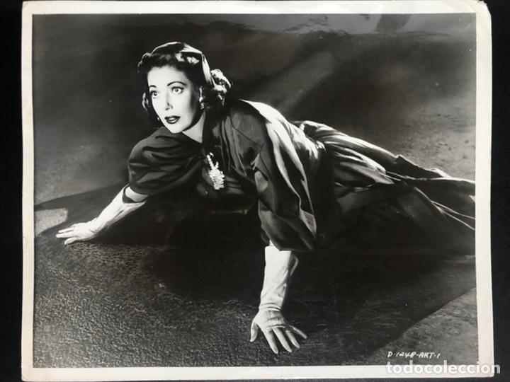 FOTO ORIGINAL DE LORETTA YOUNG 20,5 X 25 CM (Cine - Fotos y Postales de Actores y Actrices)