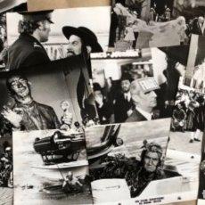 Cine: LAS LOCAS AVENTURAS DE RABBI JACOB (LOUIS DE FUNÈS 1973). LOTE DE 14 FOTOGRAFÍAS PROMOCIONALES B/N.. Lote 132910858