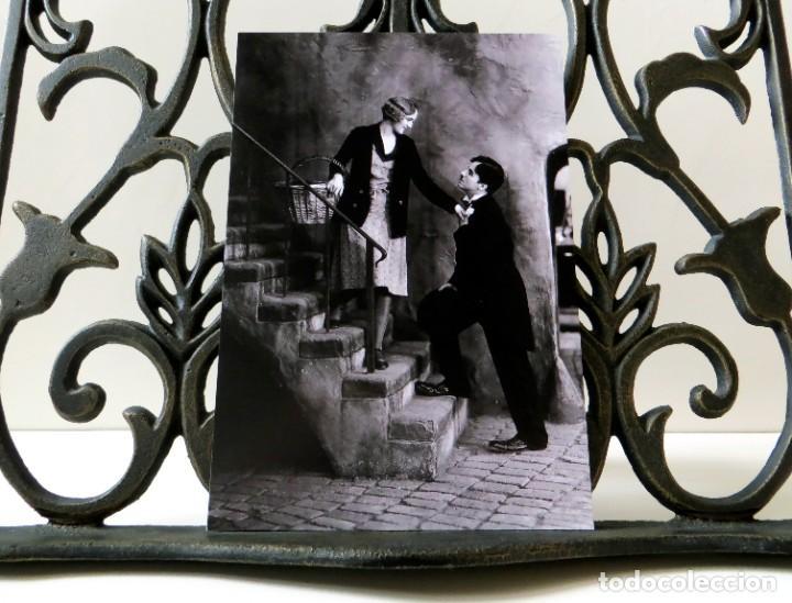 Cine: Postal de la película Luces de la Ciudad, de Charles Chaplin. Tema: Cine, Charlot, City Lights. - Foto 3 - 263050450