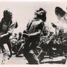 Cine: FOTOGRAFÍA ORIGINAL RENEGADE TRINITY THEY CALL ME TRINITY RENEGADE TERENCE HILL 1987. Lote 285254568