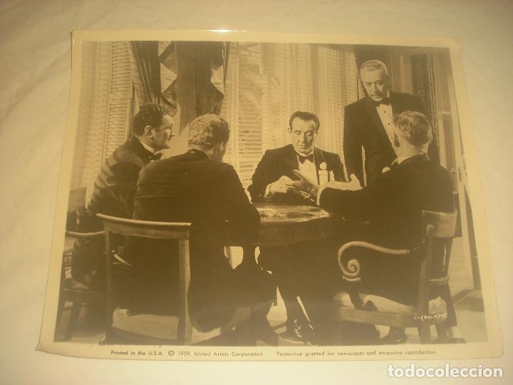 ANTIGUA FOTO DE PELICULA DONDE APARECE GORGE RAFT. 25 X 20 CM. (Cine - Fotos y Postales de Actores y Actrices)