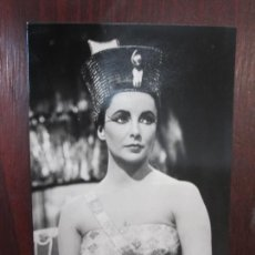 Cine: ELIZABETH TAYLOR - POSTAL ORIGINAL B/N - HOLLYWWOD ACTRESS - CLEOPATRA - PUBLI KORES CARBOPLAN. Lote 289249528