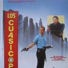 Cine: LOS CUASICOPS - GUIA PUBLICITARIA ORIGINAL ESTRENO- LOTE 15 GUIAS A 30 EUROS. Lote 27553269
