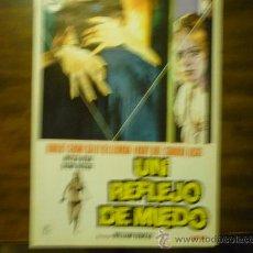 Cine: GUIA PELICULA UN REFLEJO DE MIEDO. Lote 33057037