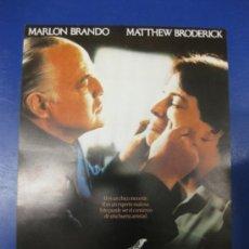 Cine: EL NOVATO. MARLON BRANDO- MATTHEW BRODERICK..GUIA PUBLICITARIA DE LA PELICULA.. Lote 39221430