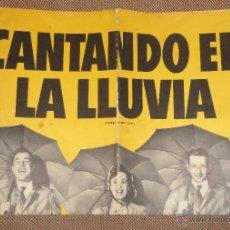 Cine: GUIA PUBLICITARIA. PELICULA CANTANDO EN LA LLUVIA. 11 PAGINAS. 40 X 28CM. GENE KELLY, JEAN HAGEN. Lote 47915649
