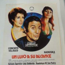 Cine: UN LUJO A SU ALCANCE - GUIA PUBLICITARIA - ARTURO FERNANDEZ CONCHITA VELASCO NADIUSKA ANDRES PAJARES. Lote 50469729