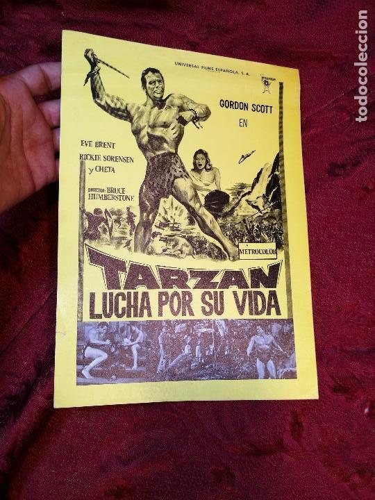 TARZAN LUCHA POR SU VIDA. GORDON SCOTT. AÑO 1977.GACETILLA UNIVERSAL FILMS ESPAÑOLA (Cine - Guías Publicitarias de Películas )