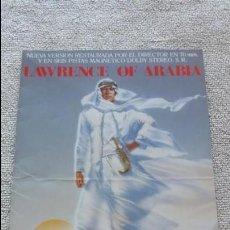 Cine: F-805- GUÍA, FOLLETO, PROGRAMA LAWRENCE DE ARABIA VERSIÓN RESTAURADA. 4 PÁGINAS.DAVID LEAN. MUY RARA. Lote 134046146