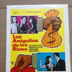 Cinéma: LAS AMIGUITAS DE LOS RICOS, CON SARA GARCÍA. GUIA EN BLANCO. Lote 145104358