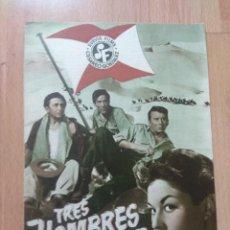 Cine: A-GUIA DE LA PELICULA -: TRES HOMBRES VAN A MORIR. Lote 152197202