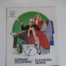 Cine: GUIA DE CINE ORIGINAL ESTRENO / MANOS DE SEDA / ADRIANO CELENTANO. Lote 161438606