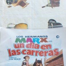 Cine: GUIA PUBLICIDAD LOS HERMANOS MARX EN UN DIA EN LAS CARRERAS. Lote 169215172