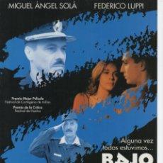 Cine: BAJO BANDERA. Lote 187481508