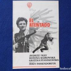 Cine: GUIA ORIGINAL. EL ATENTADO JERZY PASSENDORFER. CINE POLACO. WARNER BROSS.. Lote 189645552