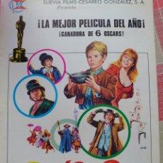 Cinema: GUÍA DE CUATRO HOJAS DE LA PELÍCULA OLIVER. Lote 193280435